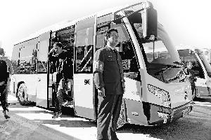 北京怀柔多种新型公交亮相