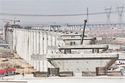 河北省境内张家口至唐山曹妃甸铁路工程正在稳步推进
