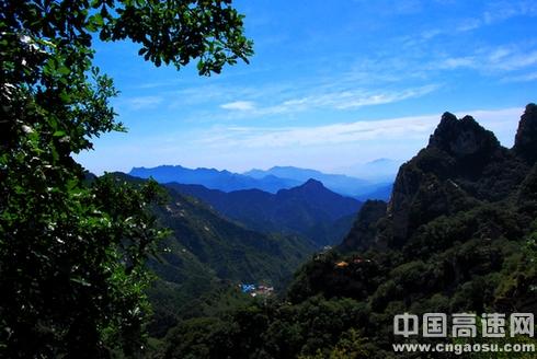 2015年五一旅游哪里去 石家庄灵寿五岳寨景区等你来