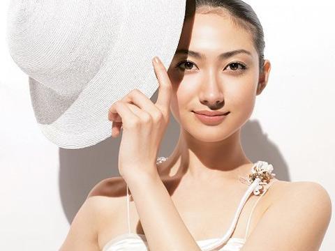 烈日炎炎 注意防晒保护皮肤